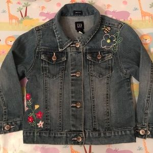 NEW LISTING 🦋Baby Gap Jean Jacket